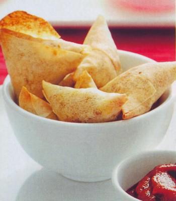 Triangoli farciti di formaggio e verdure