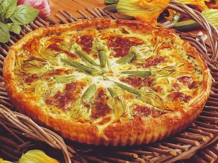 Torta con fiori di zucchina