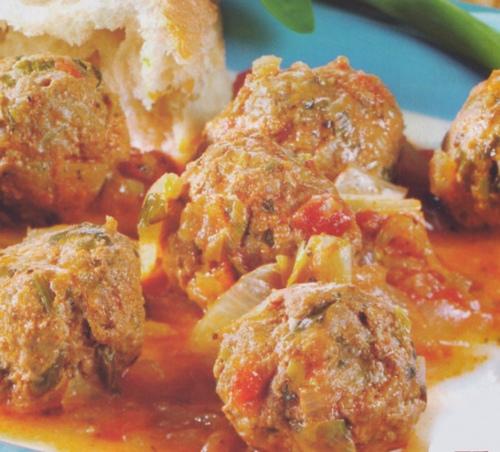 Polpettine di carne trita in salsa di pomodoro